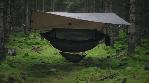 bushcraft hammock shelter