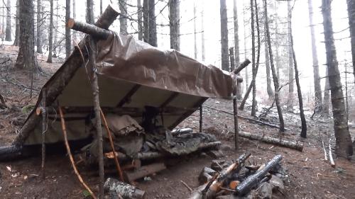 bushcraft lean-to shelter